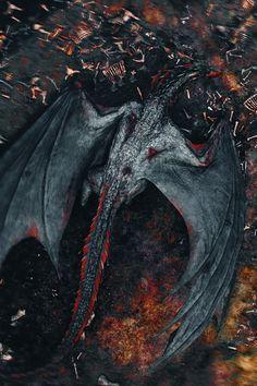 Daenerys Targaryen after Game of Thrones season 8 with Dragon. Can you guess where Drogon has taken his dead mother? Game Of Thrones Dragons, Got Dragons, Game Of Thrones Art, Mother Of Dragons, Drogon Game Of Thrones, Fantasy Dragon, Dragon Art, Red Dragon, Fantasy Art