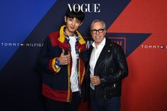 Guess who was named Best Dressed at the Tommy Hilfiger show this past week? EXO Chanyeol's Tommy Hilfiger fashion was praised by the designer himself!