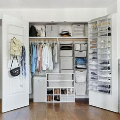 Room Bedroom Decor with Storage Closet add Valuable Your Dream Room Room Makeover, Organization Bedroom, Closet Bedroom, Dorm Room Inspiration, Closet Storage, Closet Designs, Bedroom Decor, Bedroom Organization Closet, Aesthetic Bedroom