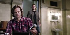DANG!!! So smooth, boys! (Also, cannot wait to see the gag reel, because while the Winchesters are smooth as heck, J2 are not. XD)