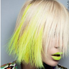 fight with a highlighter & the highlighter won ! but I kinda like it