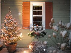 "#FanDesign  ""The window boxes take on a holiday look for the winter months,"" says HGTV fan 'kmphelps.'    Wait until you see the inside of his home>> http://www.roomzaar.com/rate-my-space/Holidays/Home-for-the-Holidays/detail.esi?oid=26694375&soc=pinterest"