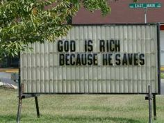 Ideas for humor christian quotes church signs Church Sign Sayings, Funny Church Signs, Church Memes, Church Humor, Religious Sayings, Religious Humor, Funny Photo Captions, Funny Photos, Funny Images