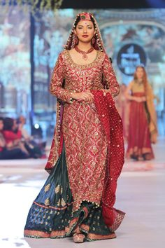 Uzma Babar Bridal Collection at PBCW 2014 Day 2