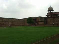 somewhere inside Agra Fort, India