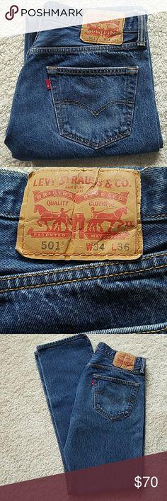 LEVI'S 501 BUTTONFLY JEANS VINTAGE LEVI'S 501 BUTTONFLY JEANS VINTAGE  SIZE TAGGED: W34 L36 SIZE MEASURED: W31 1/2 L32 RISE:11 HIPS:38 BEAUTIFUL PAIR♡♡♡♡♡♡♡♡♡♡♡ Levi's Jeans Straight Leg
