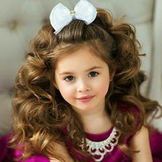 Little princess Double tap & TAG who you think wo Cute Little Baby Girl, Cute Baby Girl Pictures, Beautiful Little Girls, Beautiful Children, Cute Girls, Toddlers And Tiaras, Pageant Hair, Glitz Pageant, Pageant Girls