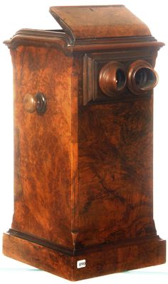 This Wonderful Victorian burl walnut stereo card table-top viewer with lockable top shutters, as well as a sizable selection of view cards, will find a new home on Oct. 27.