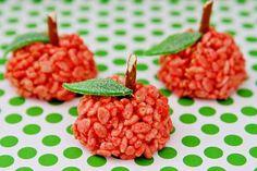 Apple Rice Krispy Treats - View more Rosh Hashanah Ideas & Recipes on mazelmoments.com