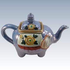 Charming Vintage Blue Luster Elephant Teapot, Tea Pot - Ceramic Elephant Teapot - Animal Teapot Tea Pot Pottery Teapots, Ceramic Teapots, Elephant Teapot, Teapots Unique, Teapots And Cups, Tea Cups, Elephant Stuff, Hand Painted, Tea Pot