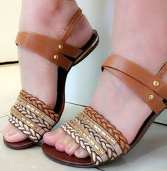 Discover New Look's stylish variety of girls' heeled shoes, by using prevent bottom of heel shoes, strappy shoes and method styles. Ella Shoes, Women's Shoes, Shoes Flats Sandals, Cute Sandals, Cute Shoes, Me Too Shoes, Heels, Strappy Shoes, Derby Shoes