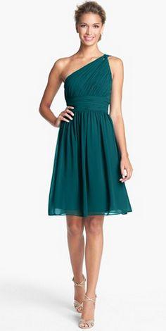 Soft Autumn colours: Gorgeous one-shoulder chiffon dress