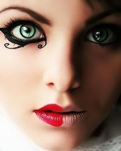 CUALQUIERA | Moda de um jeito que você nunca viu ! |: Maquiagem Exótica