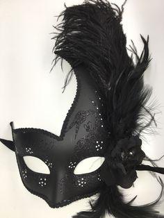Black Venetian Mardi Gras Mask.  🌻 For more great pins go to @KaseyBelleFox