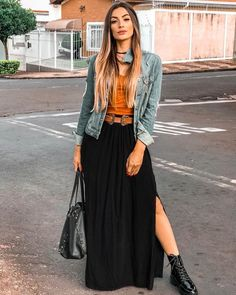 cute fall outfit with flowy maxi skirt Maxi Outfits, Modest Outfits, Casual Outfits, Cute Outfits, Fashion Outfits, Couture Mode, Couture Fashion, Casual Chic, Look Boho Chic