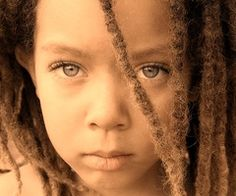 I've always liked dreads, but lately. I plan on getting dreads of my own actually, NOT my full head thou. Gorgeous Eyes, Pretty Eyes, Cool Eyes, Amazing Eyes, Stunningly Beautiful, Naturally Beautiful, Amazing Grace, Beautiful Children, Beautiful Babies