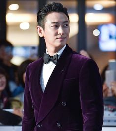 Le Male, Man Crush, Asian Men, Korean Actors, Korean Drama, Gentleman, Suit Jacket, Handsome, Velvet