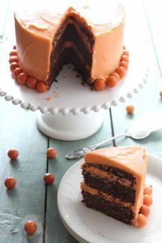 Gluteeniton suklaakakku mantelijauhoilla