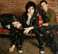 Green Day, looks like they're takin' it easy!