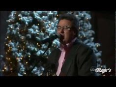 """Vince Gill - """"It's the Most Wonderful Time of the Year"""" ((CMA Country Christmas 2011))"""