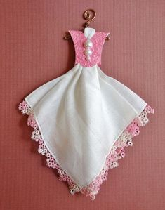 Vintage Hanky Dress white with tatted pink and white edging Handkerchief Crafts, Handkerchief Dress, Vintage Embroidery, Vintage Sewing, Vintage Linen, Tatting Patterns, Embroidery Patterns, Embroidery Fonts, Dress Card