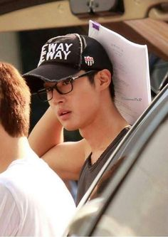 Kim Hyun Joong 김현중 ♡ hat and glasses ^^ ♡ Kpop ♡ Kdrama ♡