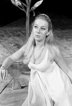 Helen Mirren as Cressida in 'Troilus and Cressida', 1968.