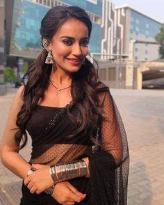 Naagin 3 actress Bela is high on fashion with her saree looks. Checkout Surbhi Jyoti saree looks and hairstyles from Naagin serial Indian Tv Actress, Beautiful Indian Actress, Bollywood Fashion, Bollywood Actress, Saree Fashion, Bollywood Saree, Fashion Dresses, Indian Dresses, Indian Outfits