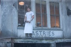 Before You Move On From The Hunger Games, Here's the Deleted Scene That Addresses the Boy With the Bread
