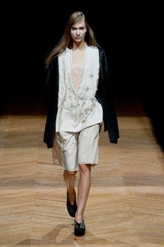 Défilé Sharon Wauchob, prêt-à-porter printemps-été 2014, Paris. #PFW #fashionweek #runway