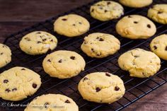 Rich, slightly cakey egg yolk cookies are just as tasty as any chocolate chip cookies. Egg Yolk Cookies, Egg Yolk Recipes, Good Food, Yummy Food, Egg Dish, Leftovers Recipes, Vegetarian Chocolate, Dessert Recipes, Desserts