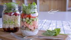Salade en pot au saumon http://cuisinefuteeparentspresses.telequebec.tv/recettes/203/salade-en-pot-au-saumon