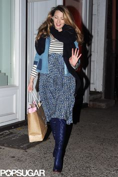 Blake Lively Pregnant Walking in NYC | POPSUGAR Celebrity Photo 4