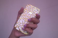 this makes me want to get an iPhone just for the pretty case lol