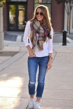 plaid-scarf-with-white-tee-and-jeans- How to rock the plaid blanket scarf…