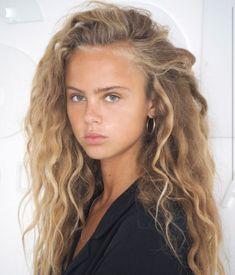 Messy Hairstyles, Pretty Hairstyles, Curly Hair Styles, Natural Hair Styles, Mermaid Hair, Beach Hair, Great Hair, Wavy Hair, Hair Looks