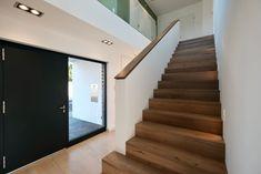 Haus_thm - Mönchengladbach Hamern - aprikari GmbH & Co. KG - Home Sweet Home - Design Bedroom Murals, Home Decor Bedroom, Sweet Home, Hotel Hallway, Cream Hallway, Flur Design, Escalier Design, Corridor Design, Hallway Designs