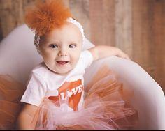 Texas Tutu/Texas/Texas Baby/Football/Baby Shower Gift/Austin/ Texas Onesie Set/Texas Orange Tutu/Longhorn fan tutu/baby girl/newborn by sunnyvilledesigns on Etsy Cheer Outfits, Football Outfits, Tutu Outfits, Boy Outfits, Baby Girl Messages, Diy Tutu Skirt, Baby Tutu Dresses, Baby Dress, Football Baby Shower