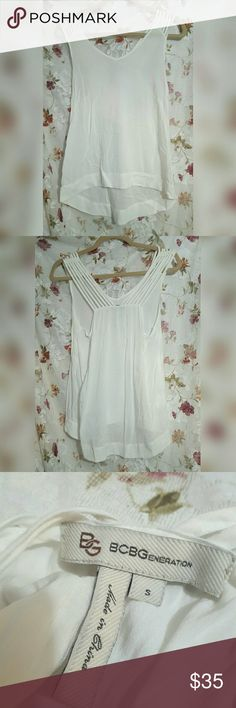 BCBG Strappy White Tank Great condition BCBG Tops Tank Tops
