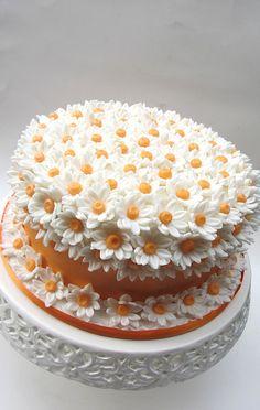 Kids Birthday Cakes – How to Easily Turn Them Into Theme Cakes – Life ideas,Kids Birthday Cak… - birthday cake Cake Decorating Techniques, Cake Decorating Tips, Cookie Decorating, Food Cakes, Cupcake Cakes, Amazing Cakes, Beautiful Cakes, Bolo Tumblr, Small Cake
