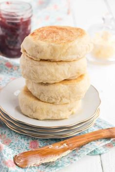 Gluten Free English Muffins, English Muffin Recipes, Homemade English Muffins, Yeast Free English Muffin Recipe, Simple Muffin Recipe, Breakfast Bake, Homemade Breakfast, Breakfast Muffins, Recipes