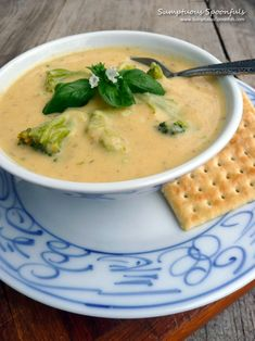 Broccoli Cauli Cheese Soup ~ Sumptuous Spoonfuls We used to go & eat together & enjoy eachothers company. Cauliflower Cheese Soups, Broccoli Cheese Soup, Broccoli Cauliflower, Great Recipes, Soup Recipes, Recipies, Favorite Recipes, Delicious Dishes, Yummy Food