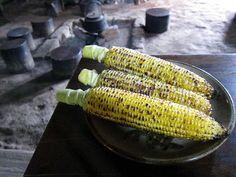 ねっとりと滋味豊かな串焼き芋 群馬の古民家でいただく名物「いも串」の店「鹿火屋」