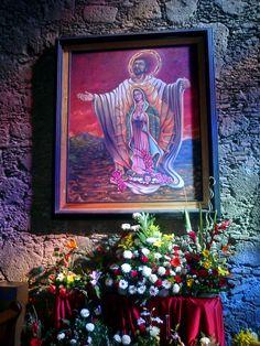 Dentro de la Catedral Santuario de Nuestra Senora de Guadalupe en Zamora, Michoacan