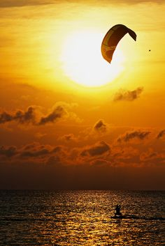 """""""Kiteboarding Into the Sunset"""" by Zach Dischner:) . I love watching them! Esp in Hawaii! Windsurfing, Wakeboarding, Snowboard, South Padre Island Texas, Sup Yoga, Sup Surf, Surfer, All Nature, Water Photography"""