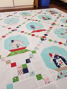 Christmas holiday snow globe quilt - Tasha Noel | Quilts and ... : globe quilt - Adamdwight.com