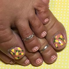 Lemons Pedicure by Jgchef13 from Nail Art Gallery
