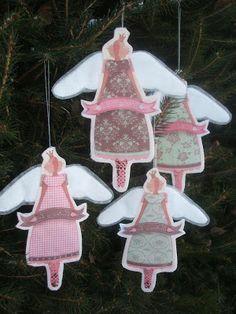 Lille Gitte Christmas Ornaments, Holiday Decor, Home Decor, Decoration Home, Room Decor, Christmas Jewelry, Christmas Decorations, Home Interior Design, Christmas Decor