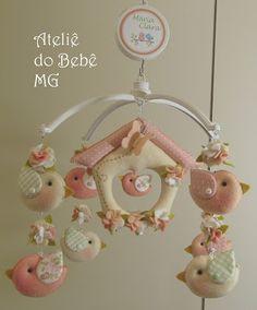 Ateliê do Bebê MG: Móbile Musical Pássaros ( Mª Clara )