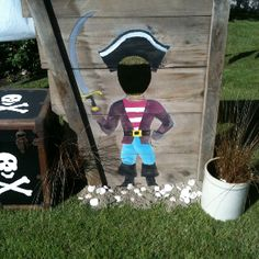 Hudson's Pirate Party - Pirate photo-op!! Maybe a nice peg leg would be fun to do.